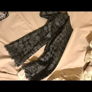 Coach 24x64 scarf NWT